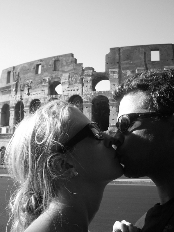 Kissing in Rome Italy